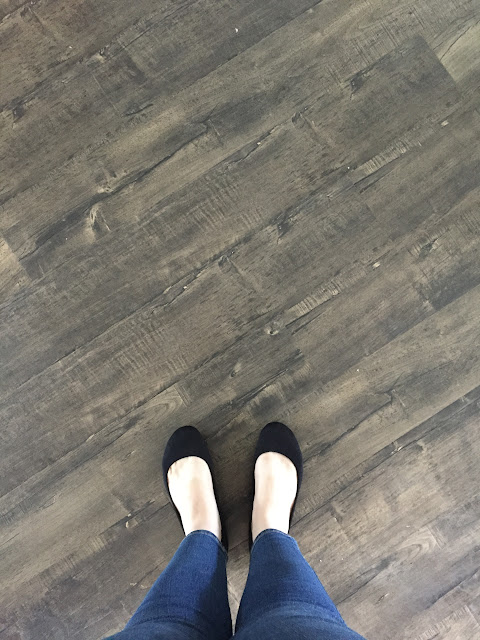 The Perfect Farmhouse Style Flooring Eternity Flooring Barnwood Collection Samples