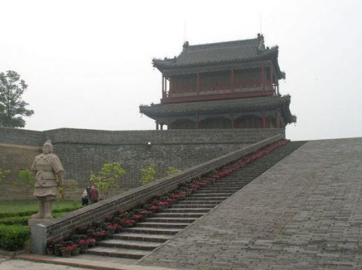Beginilah Suasana Di Penghujung Tembok Besar China