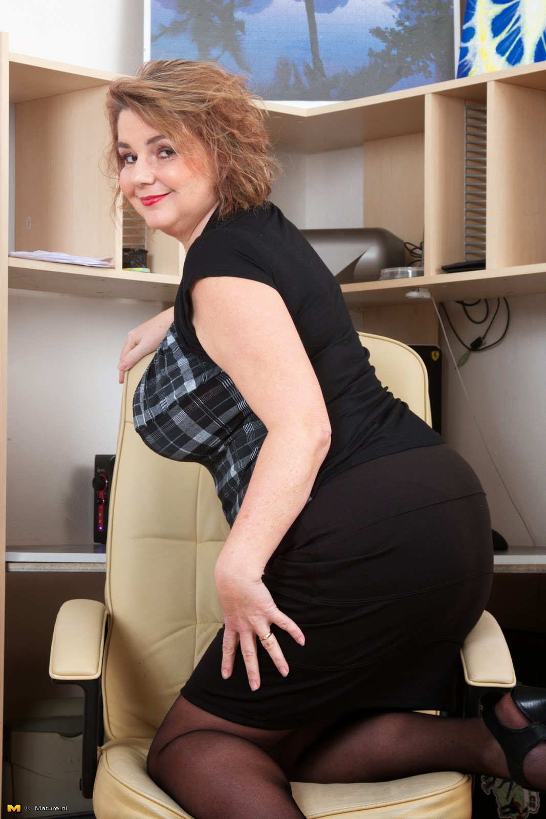 Secretary Milf Tube