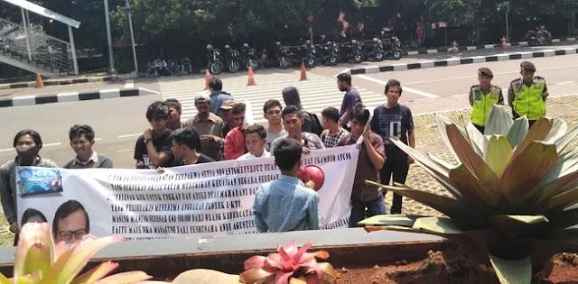 Gedung KPK Diancam Dirubuhkan Jika Tidak Jerat Puan dan Pramono