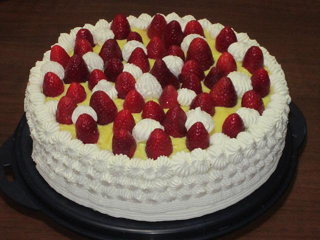 Il girasole tante idee per torte decorate for Decorazioni torte uomo con panna