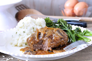 Beer BrBeer-Braised Salisbury Steak