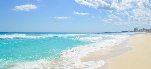 A paradisíaca Playa Delfines em Cancún