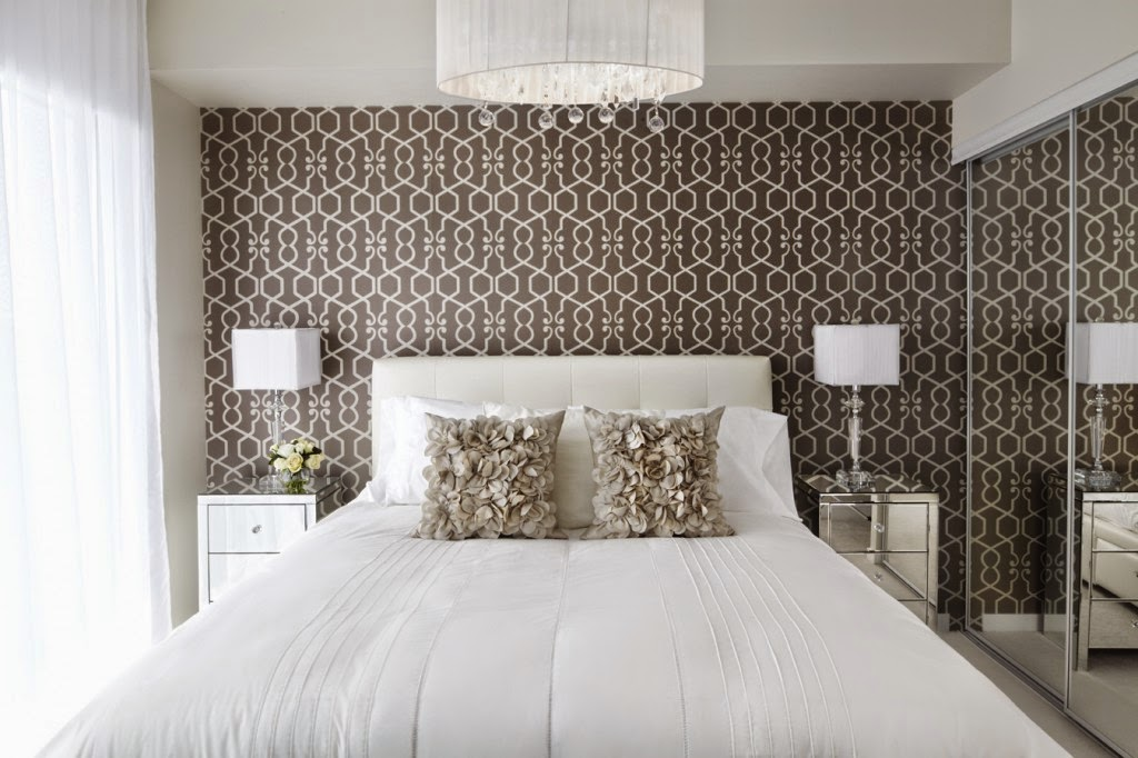 Combination of Color and Pattern Wallpaper for Bedrooms Interior Design Idea