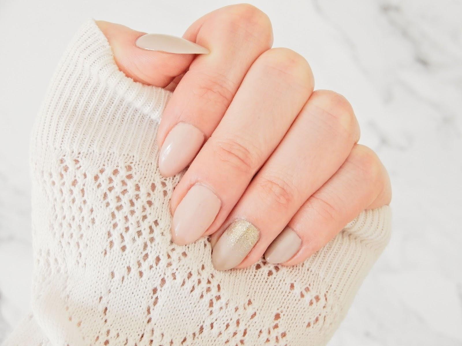 Gold Disco semilac, Frappe z Semilac, Silky Nude NeoNail,  manicure hybrydowy, nude manicure, klasyczny manicure, manicure hybrydowy, hybrydy,
