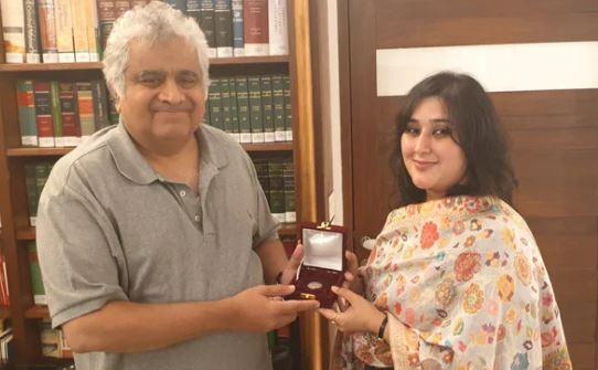 सुषमा की बेटी बांसुरी ने निभाया अपनी मां का आखिरी वादा - newsonfloor.com