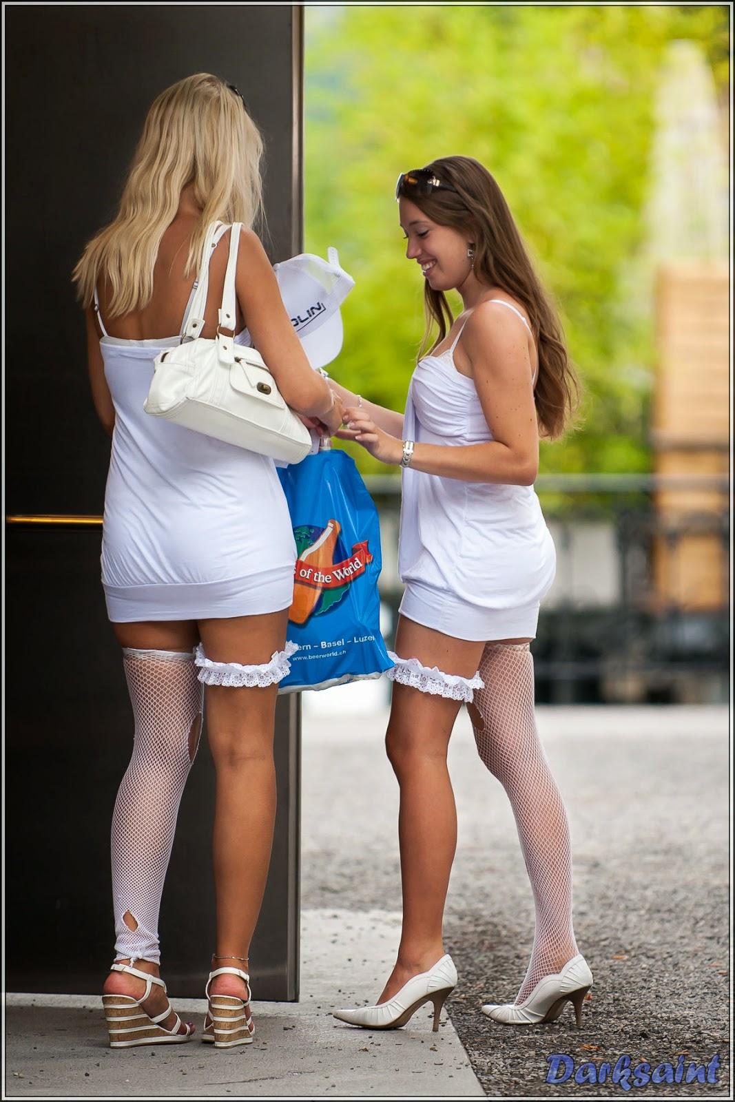 Chicas con mini falda