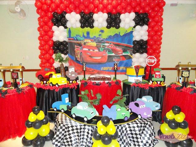 http://www.estou-crescendo.com/2016/08/festa-carros-da-disney-decoracao-para.html