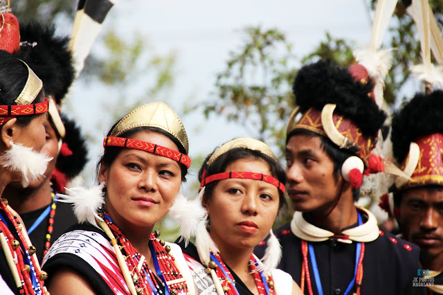 phom-naga-women-traditional-attire