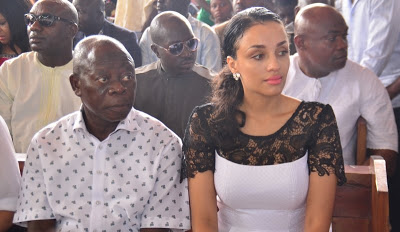 Oshiomhole's Wife, 334 Foreign Nationals Get Nigerian Citizenship