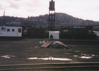 Burlington Northern SW12 #214 & SW10 #387 at Hoyt Street Yard in Portland, Oregon, in March, 1997