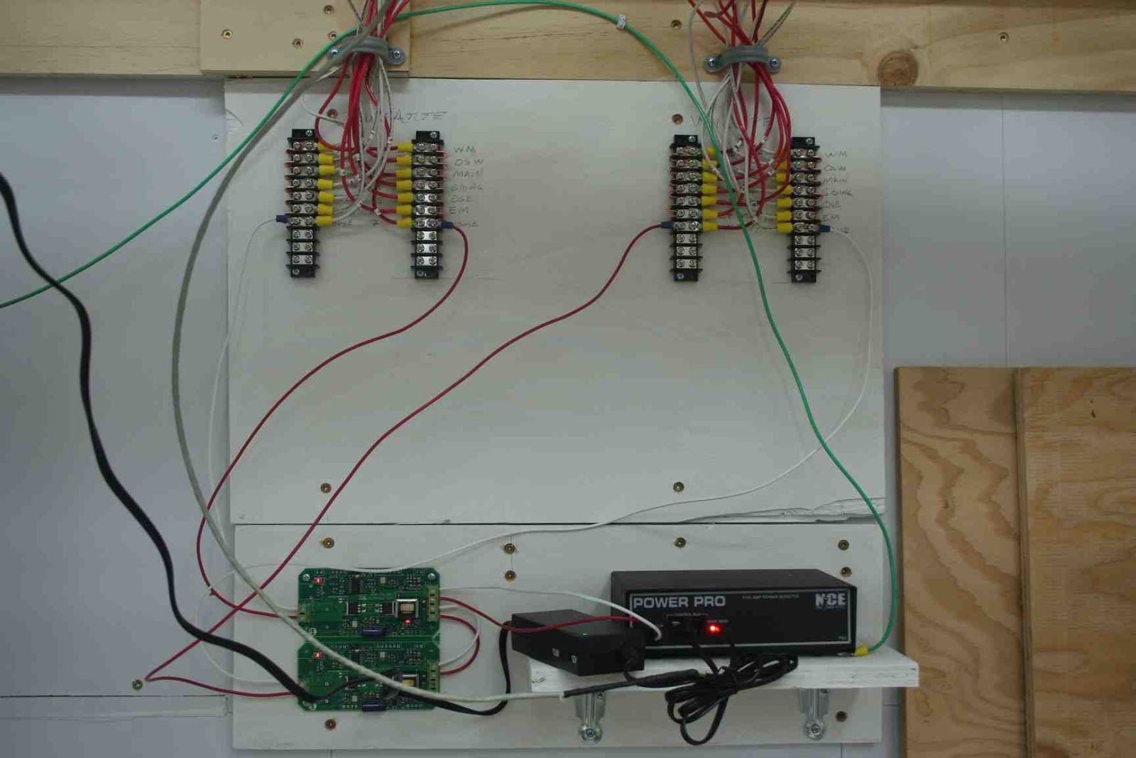 on dcc circuit breaker wiring