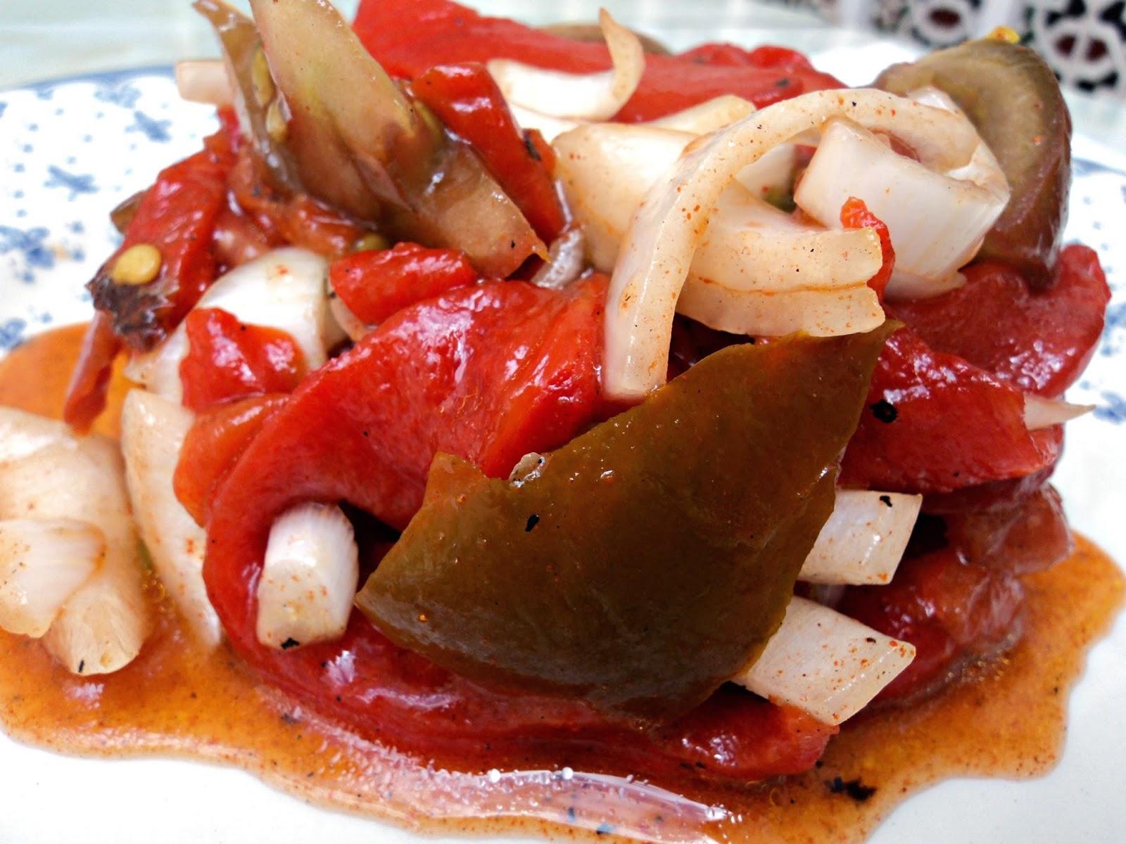 ensalada-pimientos-tomate-bocado