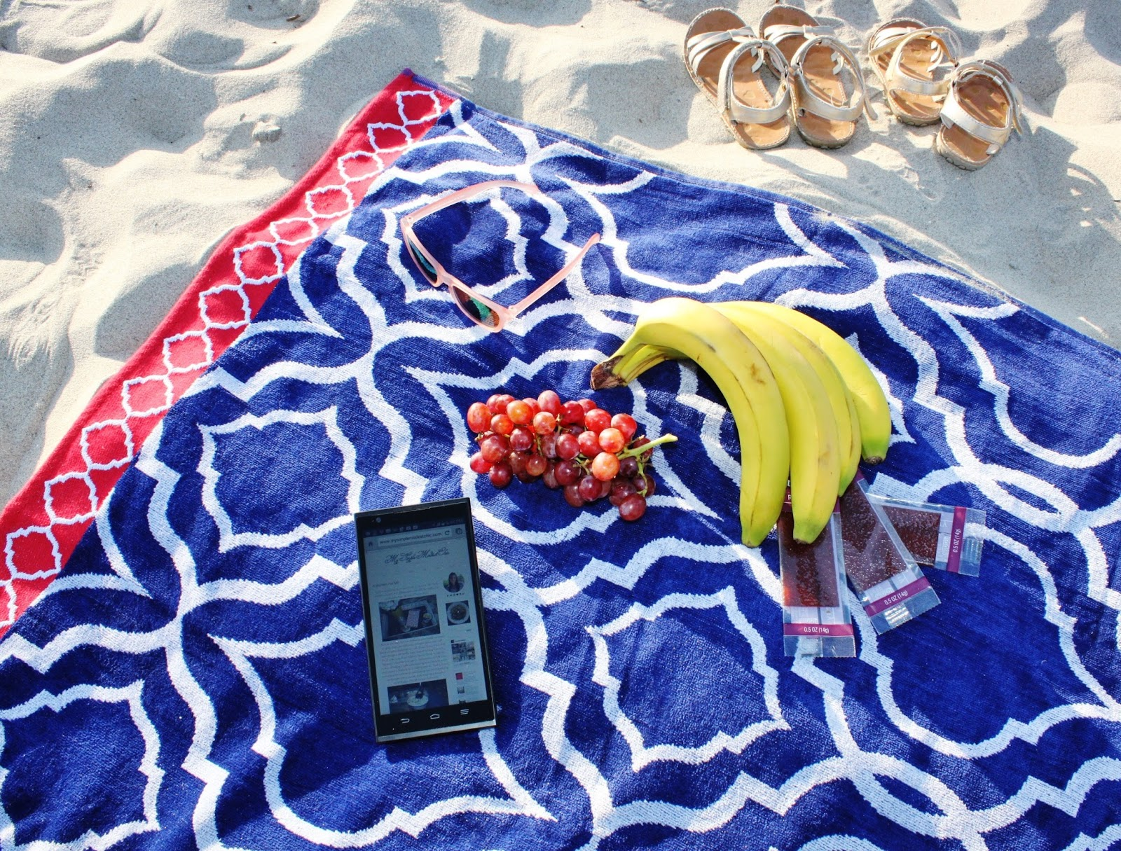 My Simple Modest Chic: Summer Fun with Unlimited Talk Text