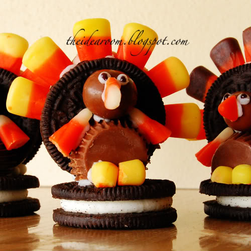 Thanksgiving Cookie Crafts: Sheila's Real Estate Blog: Oreo Cookie Turkeys...cute