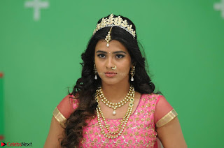 Hebah Patel looks Beautiful in movie Angel Spicy Pics 003.jpg