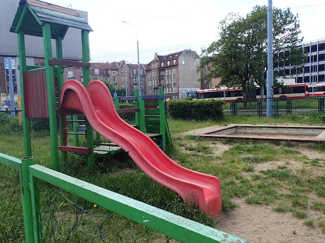 Klimatyczny plac zabaw w Gdańsku