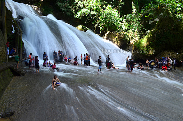 Makassar Bantimurung Waterfalls