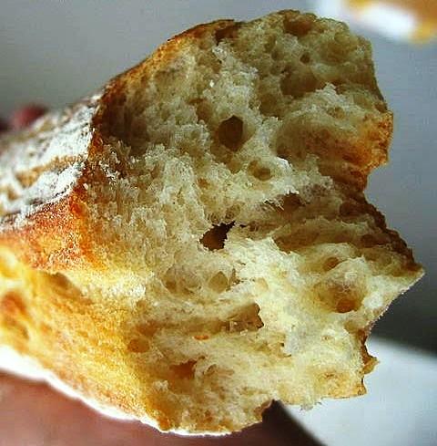 http://gastronomierestauration.blogspot.com.es/2015/04/baguette-de-tradition-francaise.html