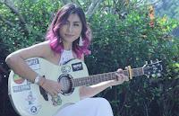 Lirik Lagu Bali Tika Pagraky - Be Ngelah Pengganti