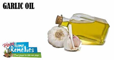 Home Remedies For Blood Blisters: Garlic Oil