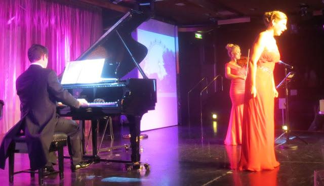 Abendunterhaltung auf der MS Artania - musiklische Reise mit dem Trio Amadee