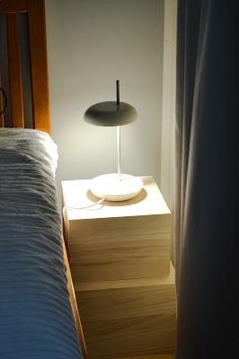 Saippuakuplia olohuoneessa. blogi, kuva Hanna Poikkilehto, ikea, koti, sisustus, makuuhuone, granit, vanerilaatikko,