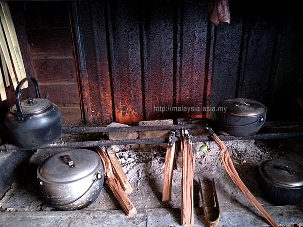 Cooking Stove Lun Bawang Longhouse