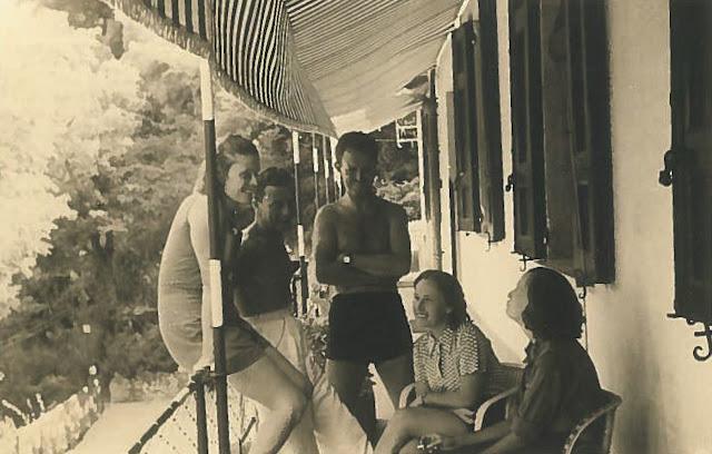 La madre e la zia di FDL alla Primazzina di Lerici