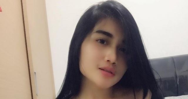 Fahrani Koleksi Foto Bugil: Godain Istri Sahabatku Yang Seksi Dan Cantik