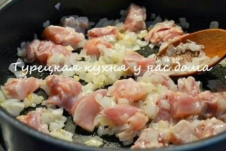 Второе блюдо из кабачков с подливой