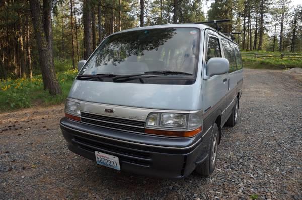 1991 Toyota Hiace 4x4 Diesel Van