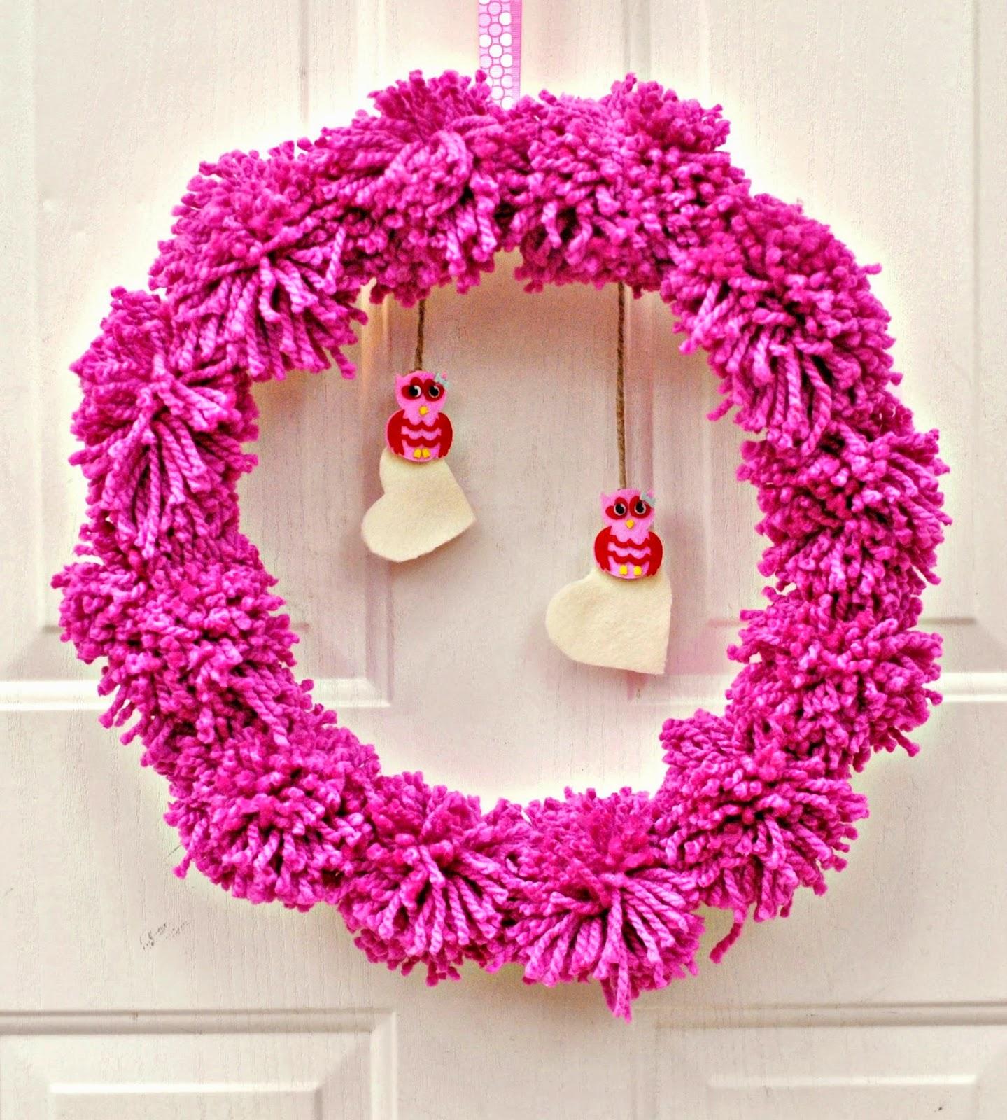 life with 4 boys diy pom pom valentine 39 s day wreath. Black Bedroom Furniture Sets. Home Design Ideas