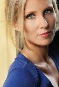 Alexis Kendra