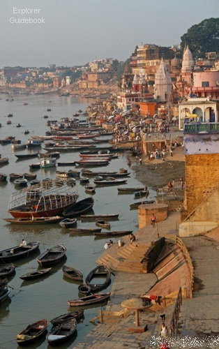 tempat wisata terkenal di India Kota suci varanasi india ghat terkenal di varanasi