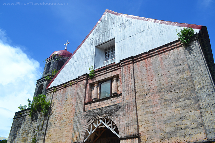 Lazi Church's facade