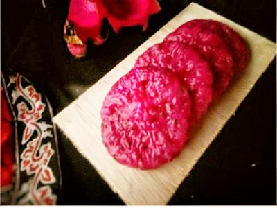 Gambar Resep Kue Cucur Buah Naga