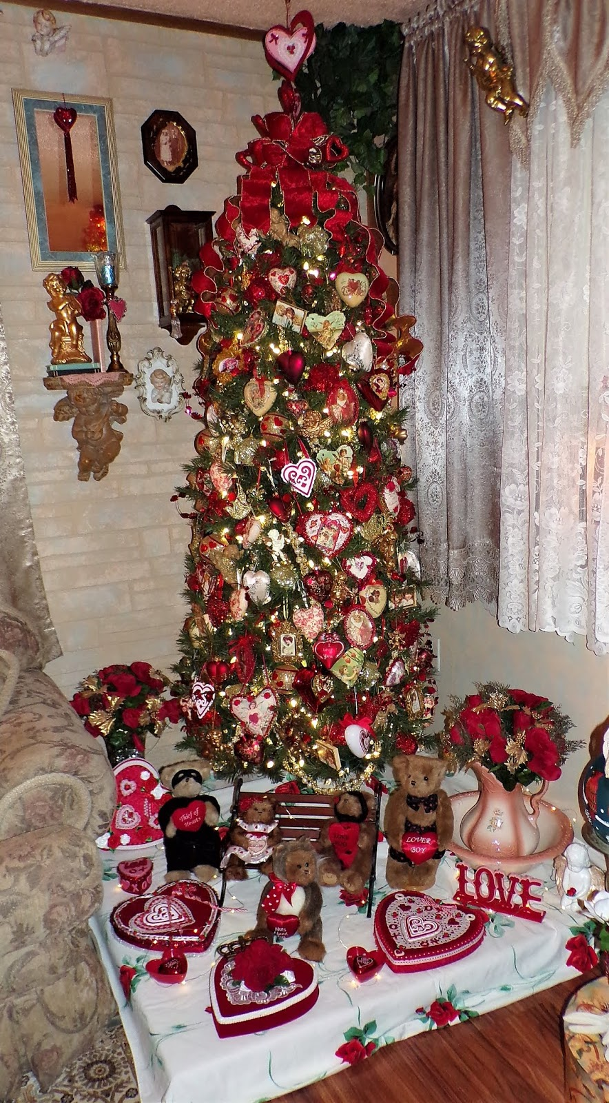 3 Red and Gold Valentine's Trees in the Living Room, 2020