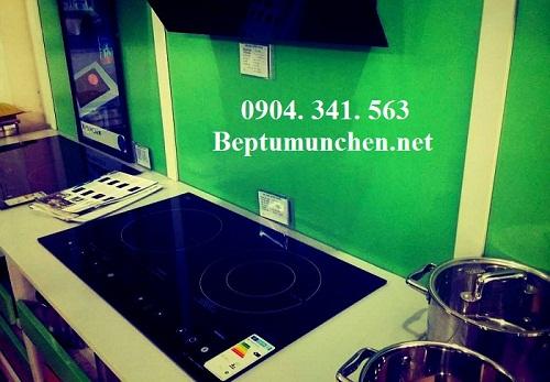 gian trưng bày bếp điện từ munchen của đại lý