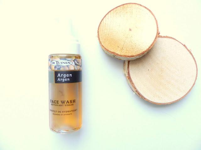 Simpele reinigingsroutine De Tuinen Argan Face Wash
