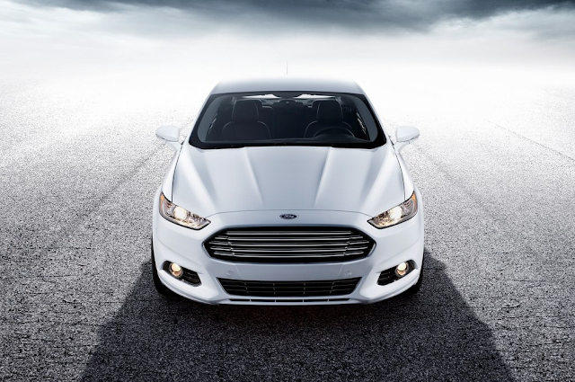 2015 Ford Fusion white front