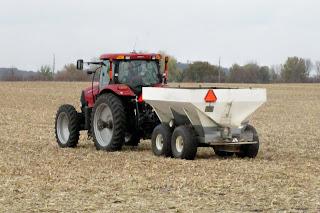 tractor spreading urea