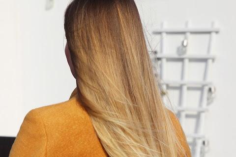 Włosy przekarmione proteinami, emolientami i humektantami - czytaj dalej »