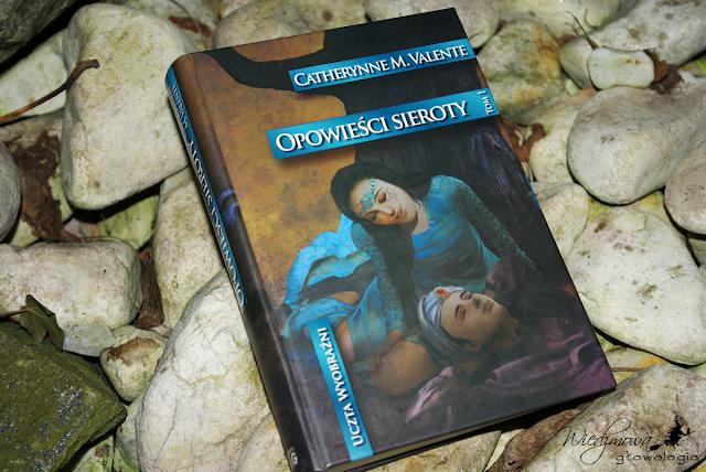 Opowieści sieroty, tom 1 | Wiedźmowa głowologia