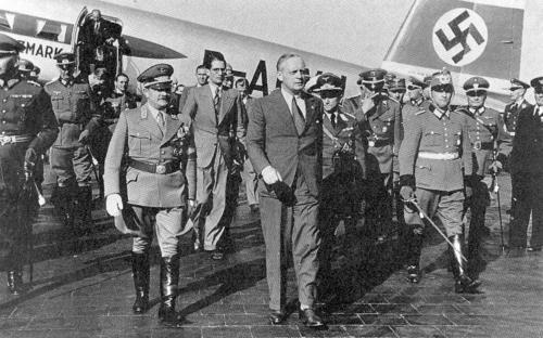 Berghof August 22 1939 worldwartwo.filminspector.com