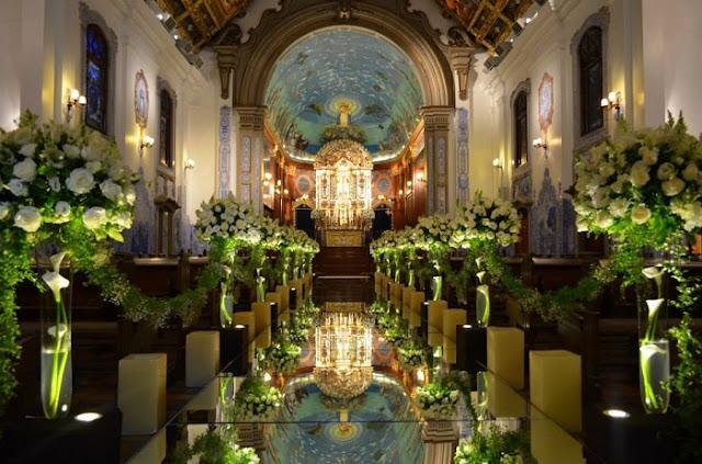 tapetes-e-passarelas-criativos-para-cerimonia-de-casamento-espelhada