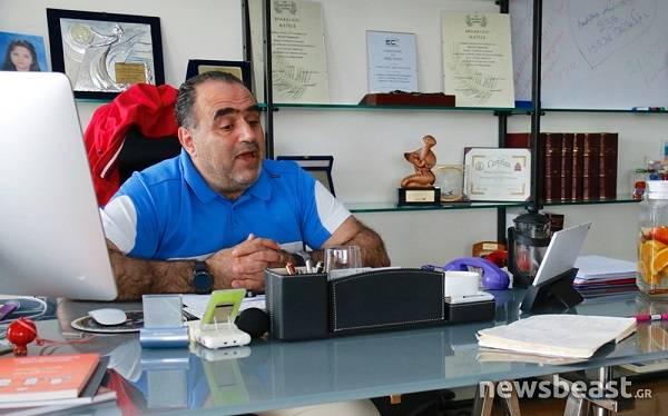 Μανώλης Σφακιανάκης: Οι πόλεμοι πλέον θα γίνονται μέσα από το διαδίκτυο
