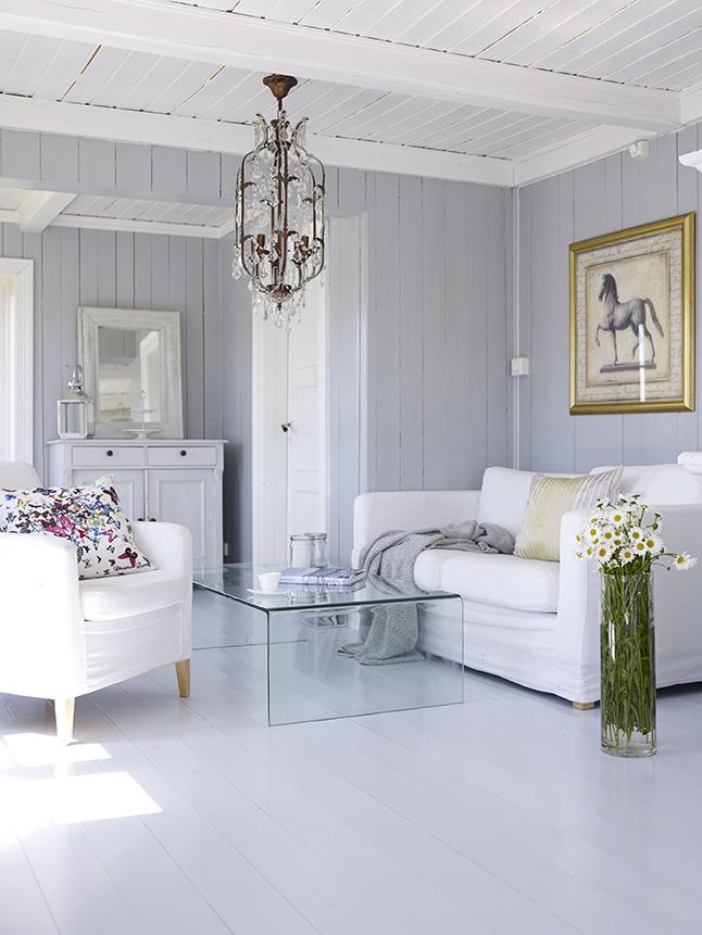 Blog meu rebuli o hist ria casa de madeira branca for Casa minimalista historia