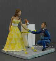 statuette torta nuziale cake topper furto al museo polizia scientifica orme magiche