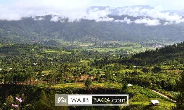 Distrik Mulia, Sebuah Kota Penyangga Langit Papua yang Bakal Bikin Kamu Menggigil Disana!